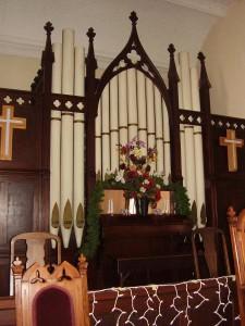 ca. 1875 Hamill Tracker Organ at New Hope Baptist (formerly Congregational) Church, Waverly, IL